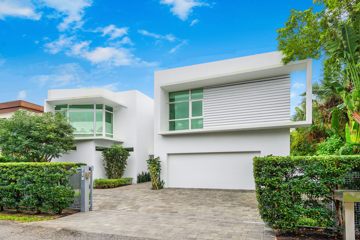 MODERN VS CONTEMPORARY– WHICH BUILD IS BEST?