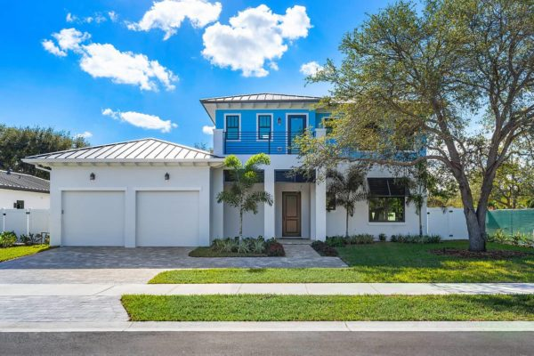 002-2525NSwintonAve-DelrayBeach-FL-small