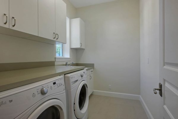 Laundry-1600x1000