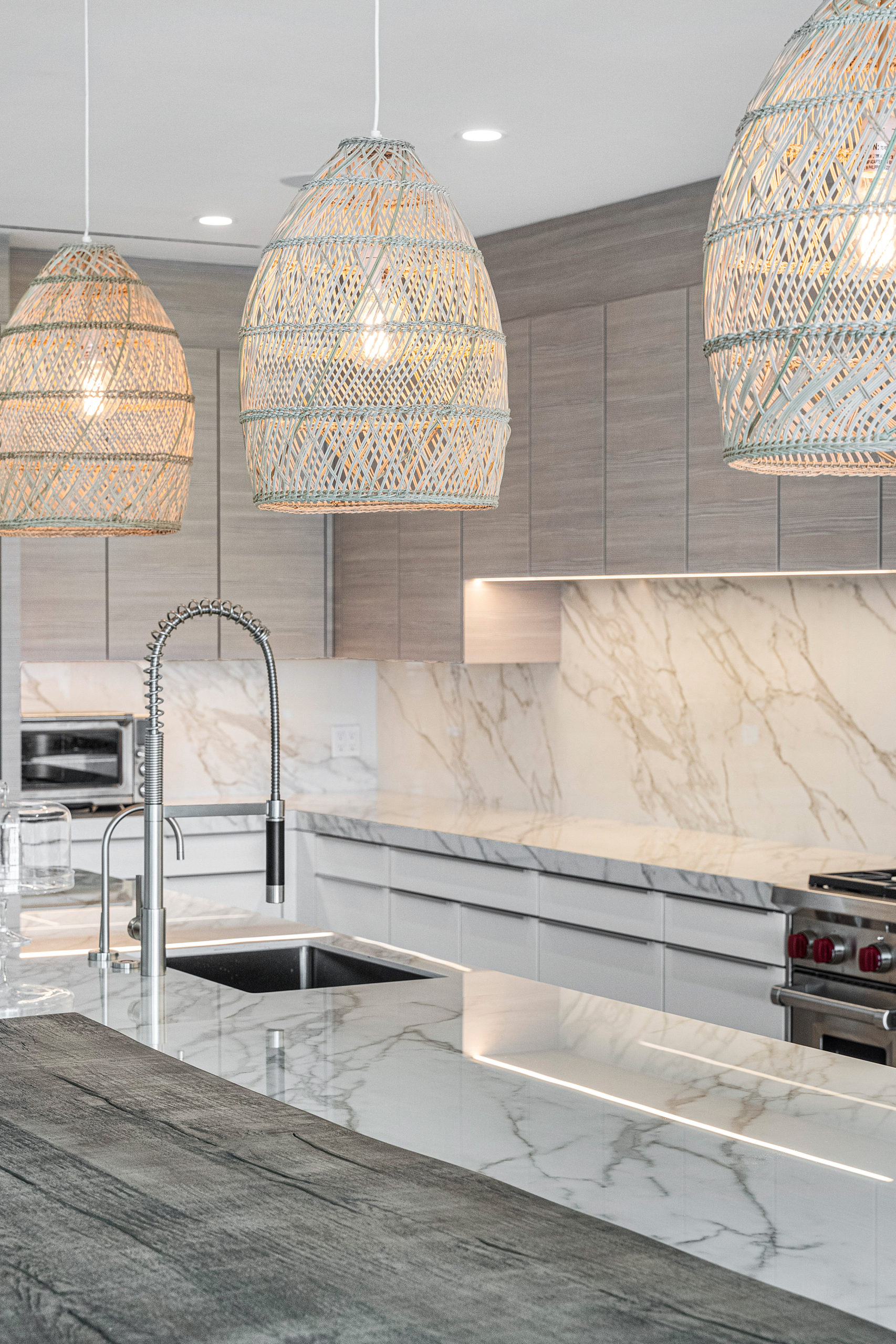 SAVE MONEY ON YOUR CUSTOM HOME: WHEN TO SPLURGE AND WHEN TO SKIMP
